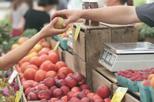 Inflazione: Liguria la più cara d'italia, Genova al 2° posto tra le città