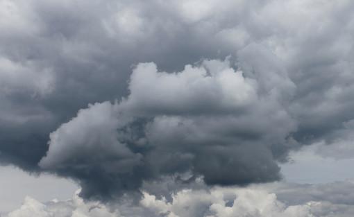Meteo: pioggia e alte temperature
