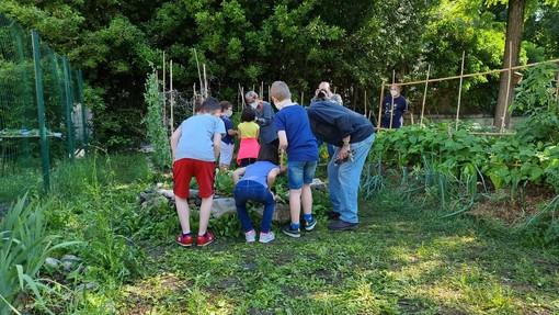 Struppa, l'orto didattico sinergico: un luogo dove le generazioni s'incontrano per coltivare il futuro