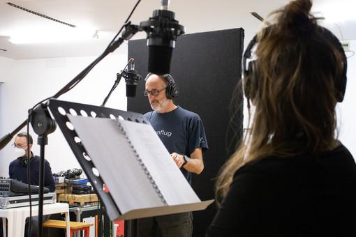Onde teatrali: la nuova drammaturgia del Teatro Nazionale in podcast