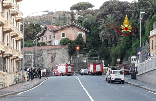 Fuga di gas a Pegli: Aurelia riaperta al traffico