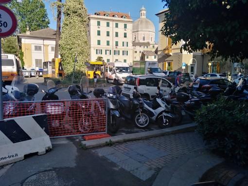 Pegli, nasce il comitato per pedonalizzare piazza Ponchielli