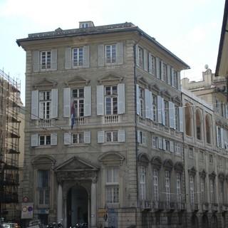 Centro storico, Palazzo Serra Rebuffo spazio per la musica nel segno di De Andrè