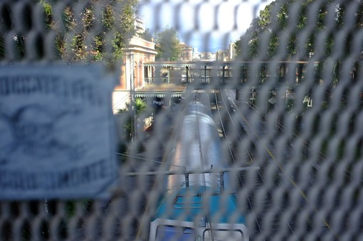 Ponti di Pegli: a ottobre la passerella pedonale, demolizione a dicembre