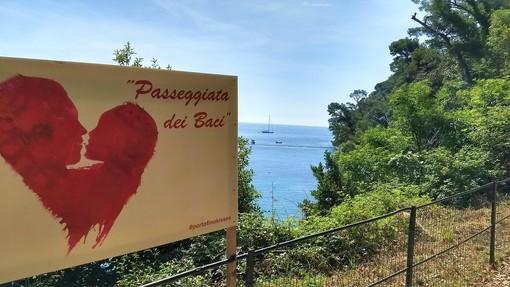 Portofino: riapre la Passeggiata dei Baci col concerto dei Buio Pesto