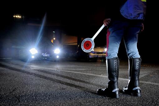 Cornigliano: guida senza patente dal 2018 e senza assicurazione, auto sequestrata