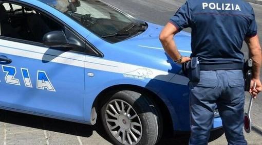 Ventisettenne nei guai per spaccio e guida con la patente revocata