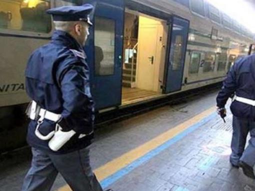 Stazione Genova Principe: consegna uno zaino alla Polizia dopo aver rubato il denaro all'interno. Denunciato 69enne