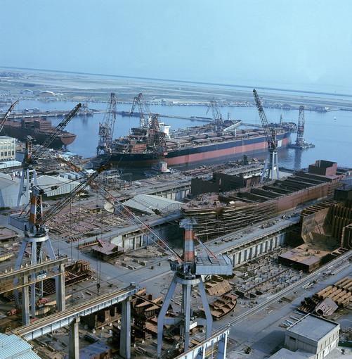 Genova, il suo porto, l'economia e lo sviluppo della città: lo sguardo del giornalista Roberto Orlando