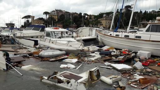 Mareggiata, il modello Concordia per rimuovere le barche dai fondali