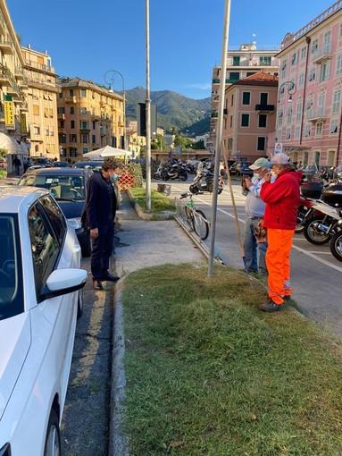 Rapallo: iniziate le operazioni di decoro urbano tramite la manutenzione del verde pubblico