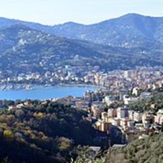 Rapallo: in arrivo il braccialetto salvavita per bambini e anziani