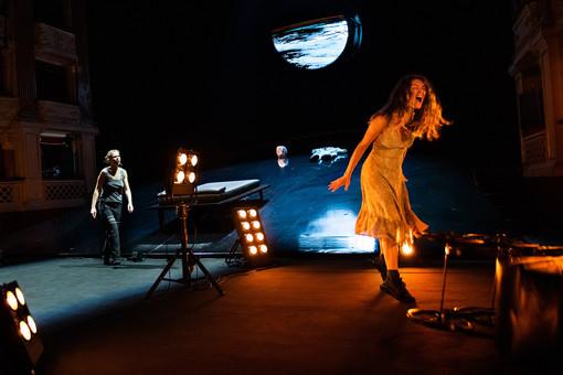 Il Teatro di Genova riapre al pubblico: dal 30 aprile ecco Grounded e Solaris