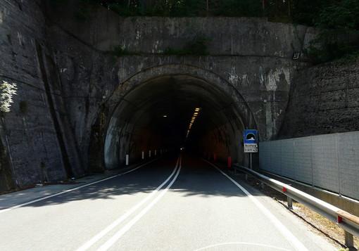 Adac rivela sette tunnel italiani pericolosi: 3 sono in Liguria