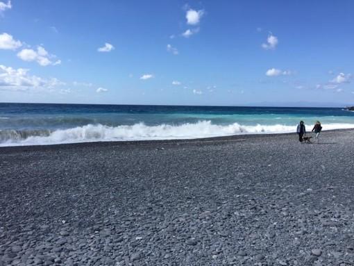 Stop ai lavori per l'accesso in spiaggia a San Giuliano, rimandati a settembre