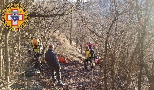 Turista in una scarpata a Corniglia salvato dal soccorso alpino