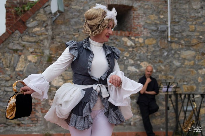 Al Forte Santa Tecla ritorna lo spettacolo 'Strazio & delizia… ai tempi di Goldoni'