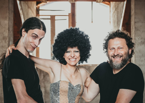 "Da Testimoni a THeTestimoni di Genova col videoclip ""Sòn Zeineze"""