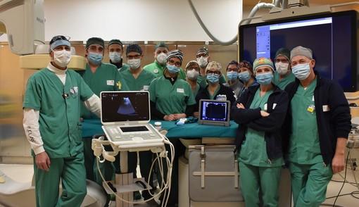 Ospedale San Martino: dipendenti del Gruppo Cambiaso donano due nuovi ecografi portali all'Unità Radiologica Interventistica