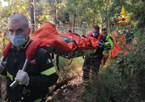 I vigili del fuoco sono intervenuti a Pegli per soccorrere un ciclista caduto su un sentiero (FOTO)
