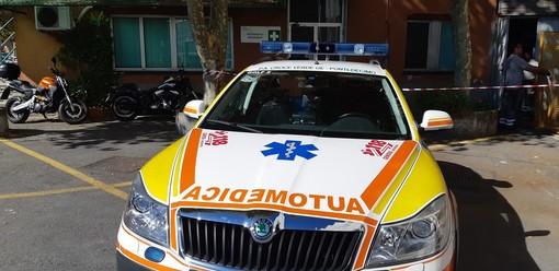 Sestri Levante, volontario ruba automedica e si schianta: attesi esami tossicologici