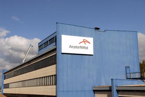 """Il Partito Comunista Italiano su Arcelor Mittal: """"Lo stato intervenga con tutti i mezzi necessari"""""""