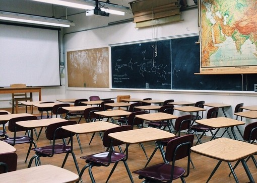 La scuola per mano: quattro tavoli di confronto e due dirette per genitori, insegnanti e dirigenti scolastici