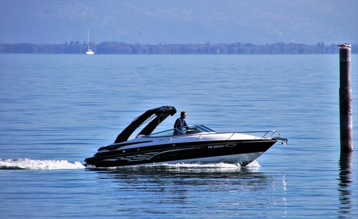 Patenti nautiche, ok all'emendamento della Lega: visite come quella per la patente di guida