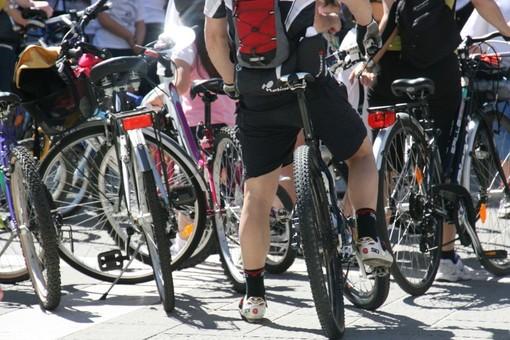 Una pedalata sulla Sopraelevata per l'Associazione italiana dei Donatori d'Organo
