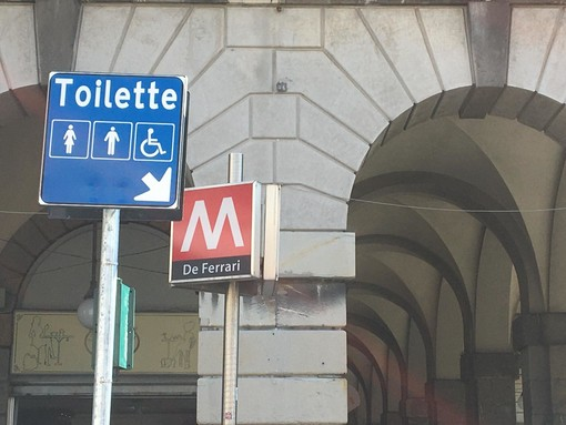 Riaperti i bagni pubblici di piazza De Ferrari, a breve anche in altre tre stazioni della metropolitana [FOTO]