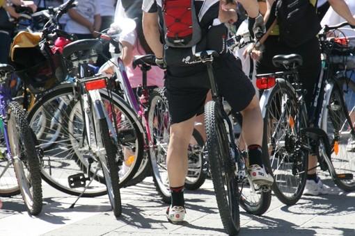 """La beneficenza viaggia in bicicletta con l'iniziativa """"Il Sale sulle Ruote"""", dedicata all'ospdale Gaslini"""