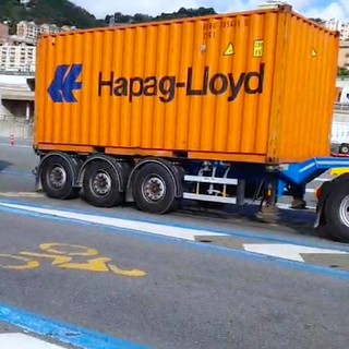 Porto di Genova, tensione alle stelle, tentativo di mediazione in extremis in prefettura, dopodiché sarà sciopero