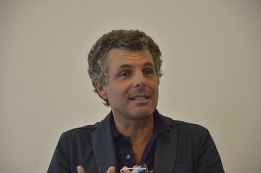 Rincaro prezzi generi alimentari, l'appello del sindaco Carlo Bagnasco
