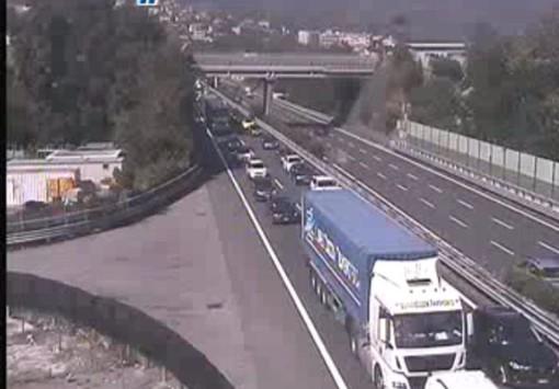Tamponamento sulla A10 tra Celle e Albisola: traffico in tilt