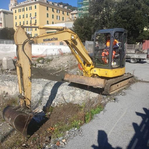 Aperto il cantiere per la rimessa in funzione della piscina Mameli a Voltri: 3.600.000 euro e 2 anni di lavori