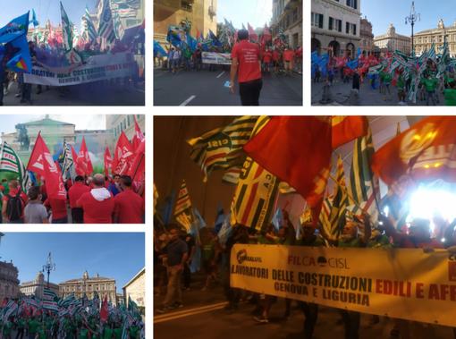 """""""Padrone, fuori le palanche"""", con fumogeni e petardi gli edili manifestano per il rinnovo del contratto integrativo (foto e video)"""