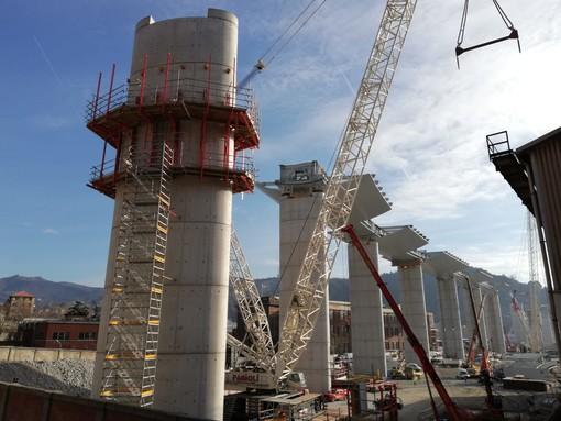 Riprendono i lavori sulla pila 13 del nuovo viadotto sul Polcevera (FOTO)