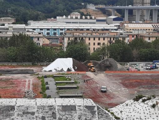 """Parco ferroviario a Campasso, consigliere del municipio scrive a Bucci e Campora: """"Movimentazione di terra insostenibile per gli abitanti"""""""