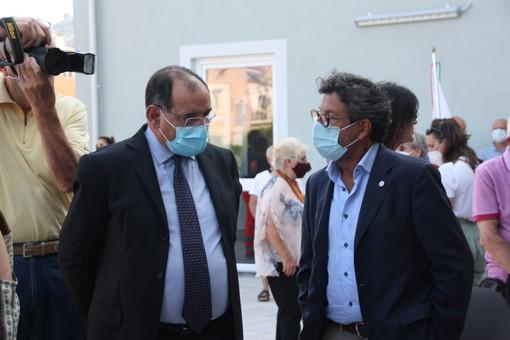 Il consigliere Brunetto (a destra) insieme al Prefetto di Savona, Antonio Cananà