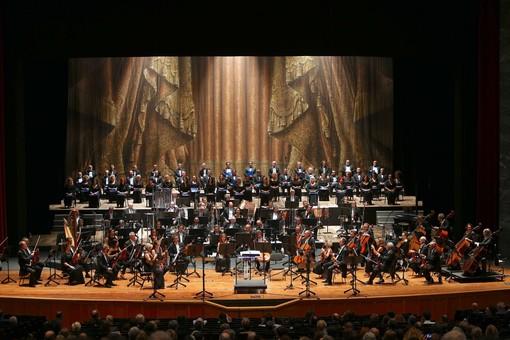Concerto in onore delle vittime del ponte Morandi al teatro Carlo Felice di Genova [FOTO]
