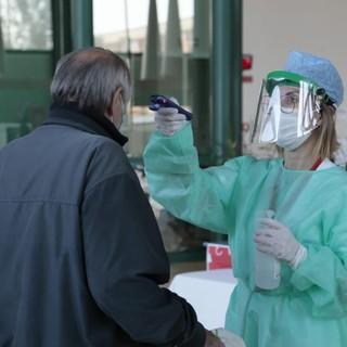 Coronavirus, 140 nuovi casi in Liguria: il tasso di positività sale al 4,39%