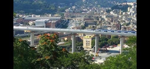 Ponte Genova, al via il collaudo: testato da 56 tir. Sempre più vicina la fine dei lavori (VIDEO)