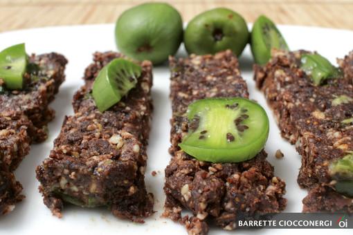 I mercoledì Veg di Ortofruit: oggi prepariamo le deliziose barrette ciocconergi