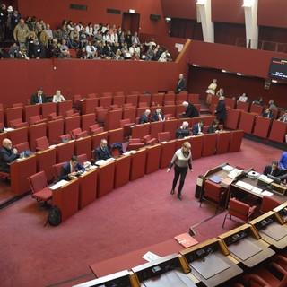 Le forze di opposizione dicono NO alla modifica dello statuto che annulla il ruolo dei municipi: presidio giovedì 25 febbraio