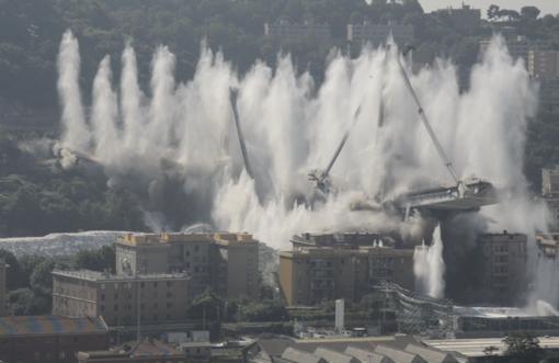 Ponte Morandi non esiste più (VIDEO e FOTO)