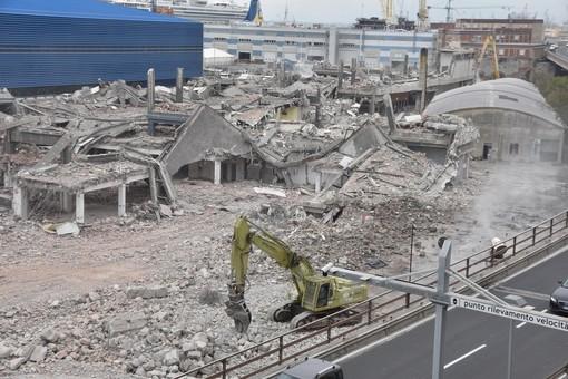 Waterfront Levante: tutto pronto per la demolizione dell'ultimo Padiglione M
