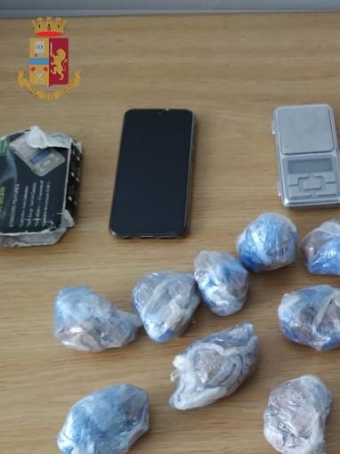 In possesso di mezzo chilo di eroina, pusher genovese arrestato dalla polizia