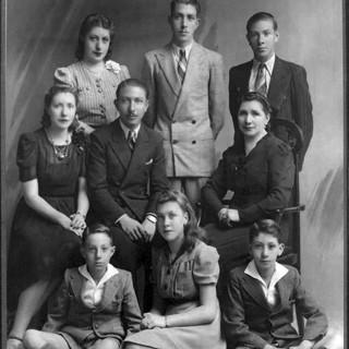 Famiglia Passano-Gironzini, 1941