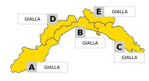 Modificata ed estesa l'allerta meteo sulla Liguria