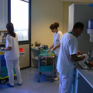 Assunzioni a tempo determinato nelle Asl: contratti di almeno un anno per gli operatori socio sanitari
